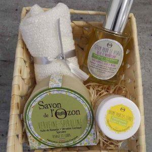 coffret-cosmétiques-sérum visage-baume à lèvres-savon