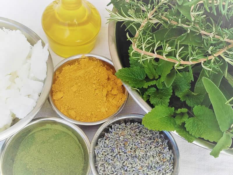 Savons fabriqués à partir d'ingrédients naturels