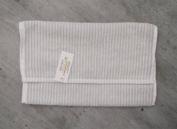 Serviette coton bio rayée blanc gris